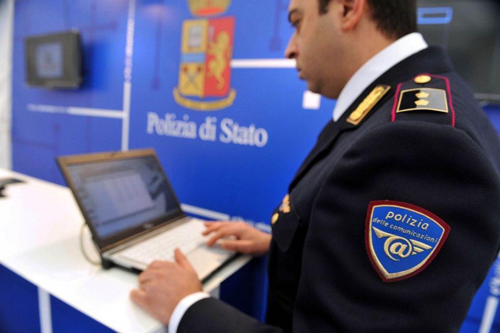 2a07809a7dc1 ACQUISTI ON LINE Tutti i consigli della Polizia Postale per evitare ...