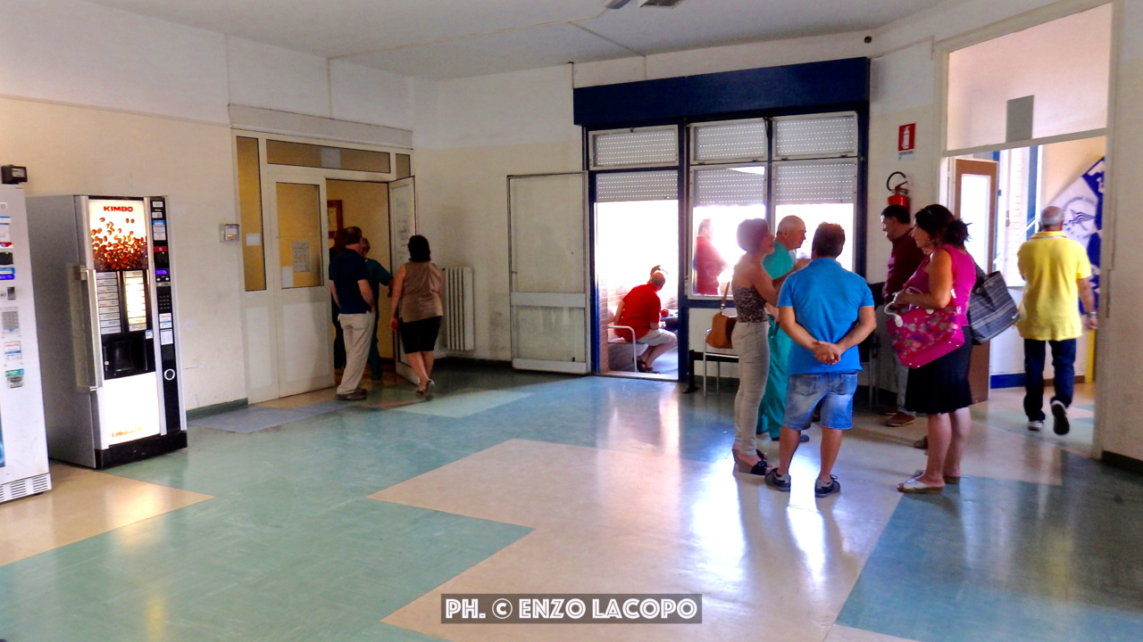 Sit-in Ort. Locri